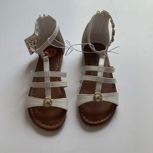 NWT Michael Michael Kors White Sandals Size: 11
